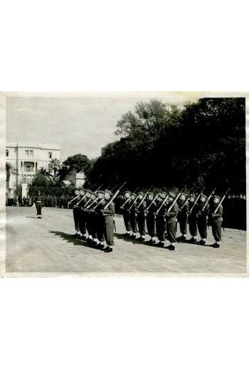 ΒΡΕΤΑΝΟΙ ΣΤΗΝ ΕΛΛΑΔΑ 1946. Κιν