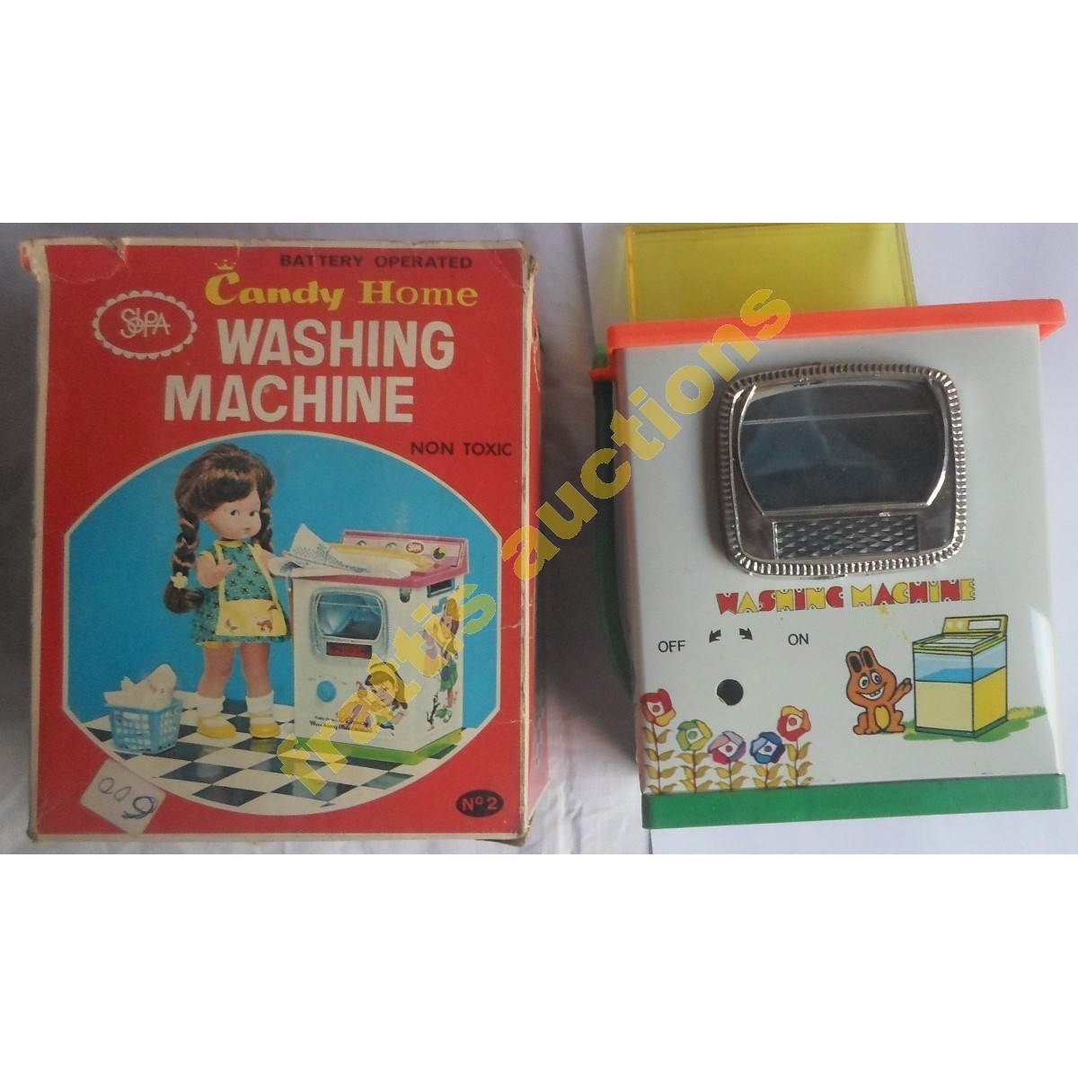 VINTAGE 60s TIN CANDY HOME WASHING MACHINE TOY SOLPA