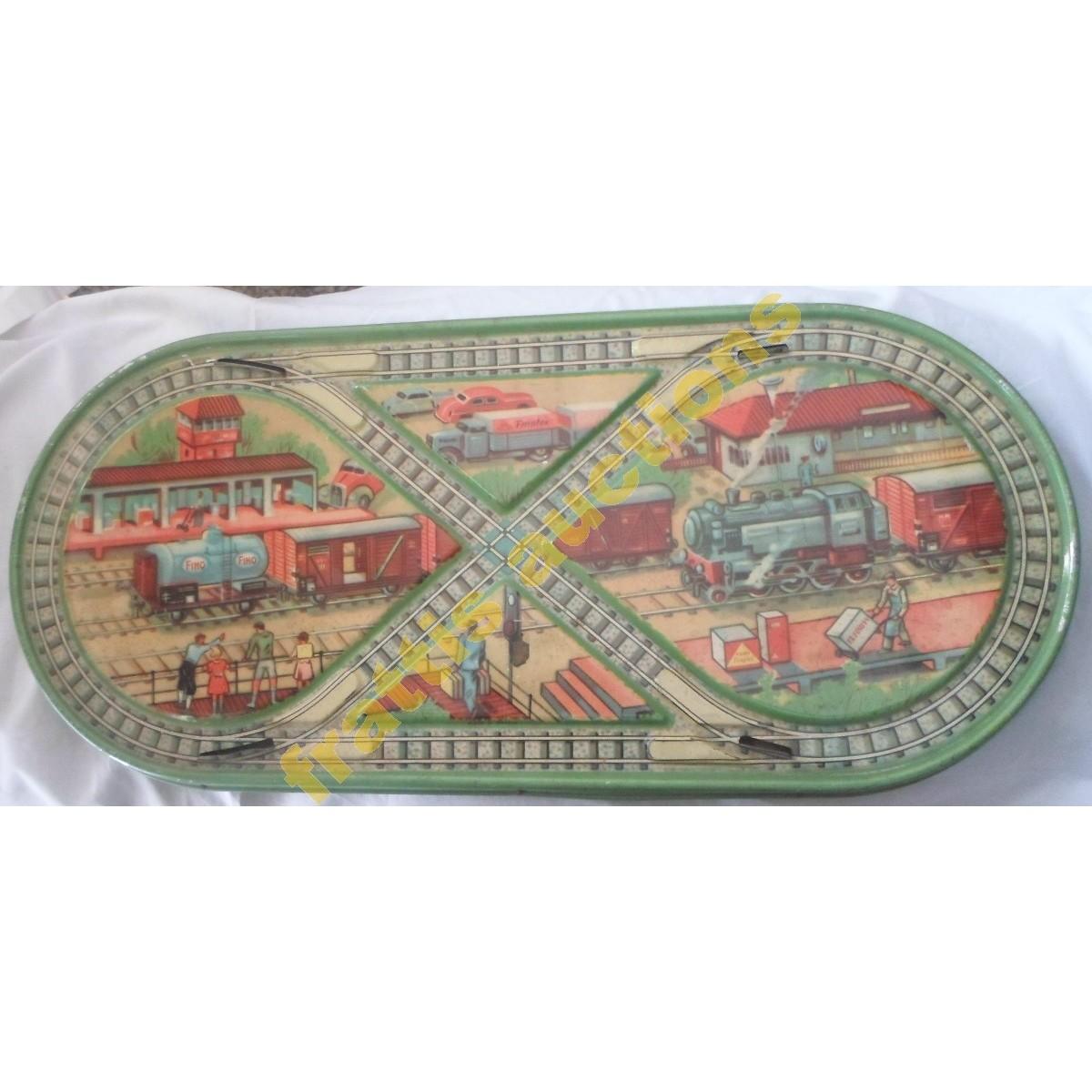 Finotex litho tin plate Ελληνικό παιχνίδι με μοτίβο ενός σιδηροδρομικού σταθμού της δεκαετίας του '50