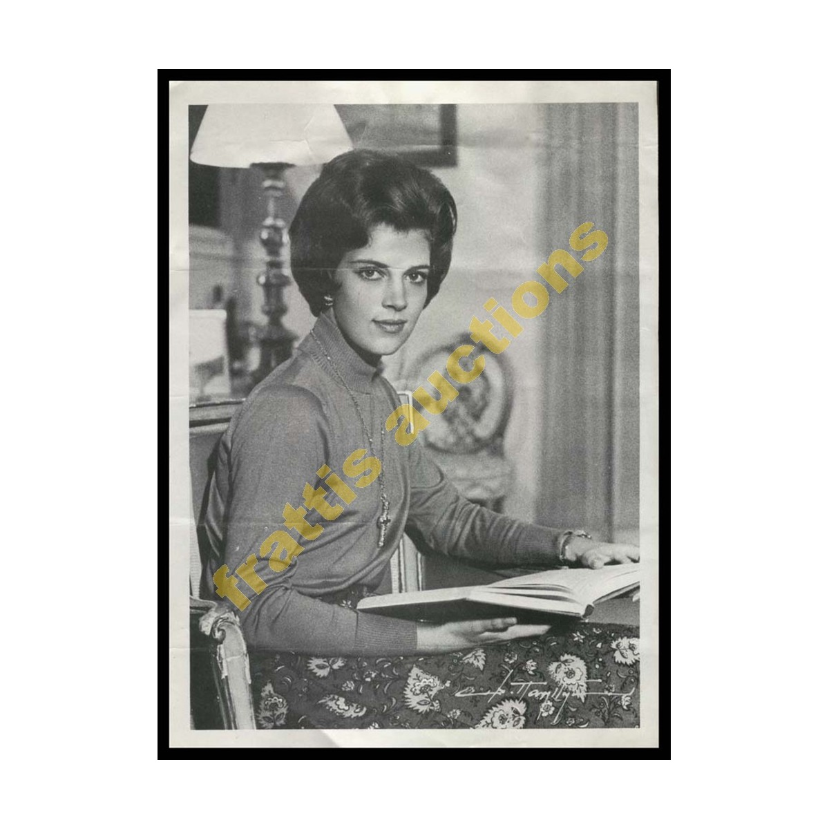 ΑΝΝΑ-ΜΑΡΙΑ μικρή χάρτινη αφίσα Δ. Πατρίδης.
