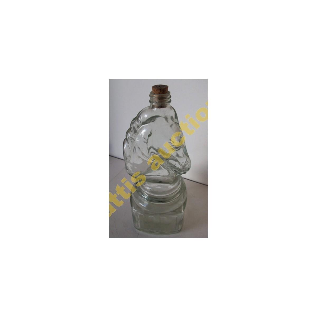 Γυάλινο μπουκάλι σχήμα αλόγου, τετράγωνη βάση.