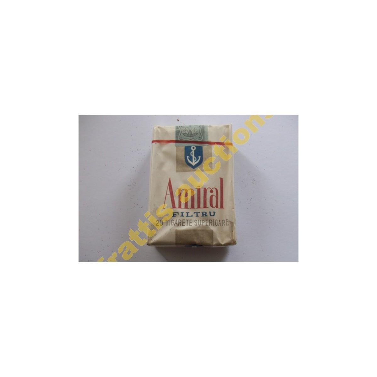 Χάρτινο πακέτο των 12 τσιγάρων Amiral filtru, Βουκουρέστι.