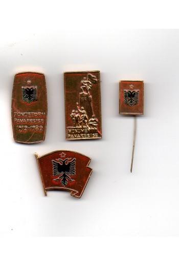 4 pins, Αλβανίας.