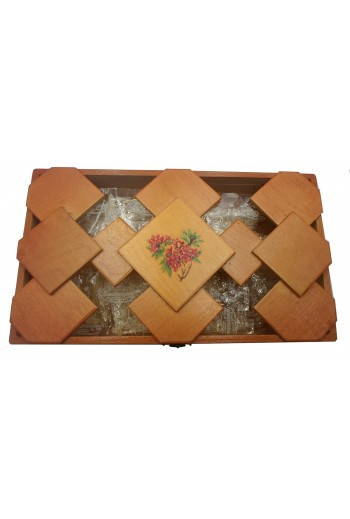 Παπασπύρου, ξύλινο κουτί.